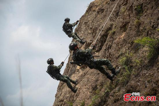 Armed police receive training in SW China